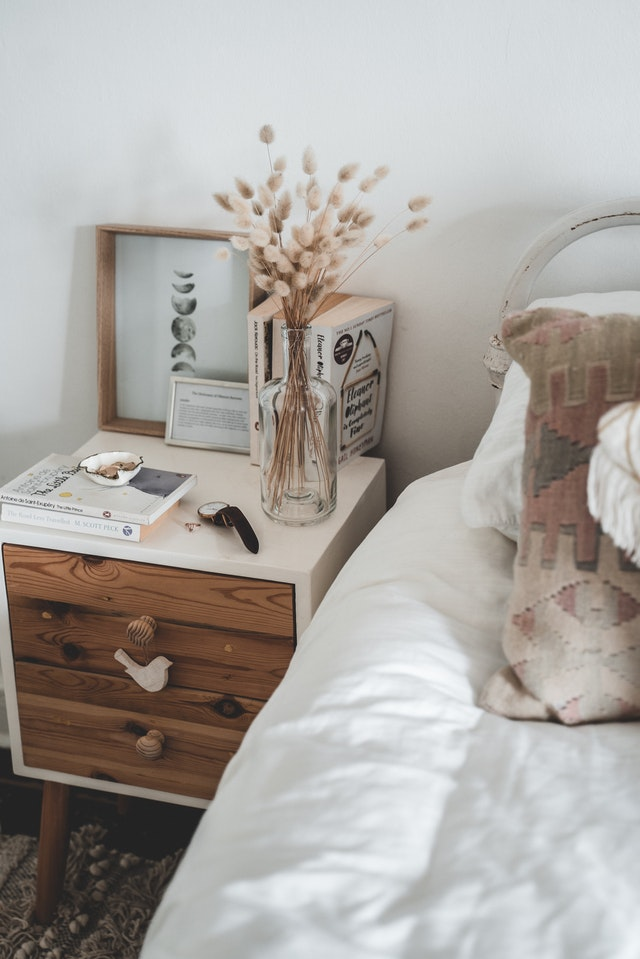 bedroom bedside table